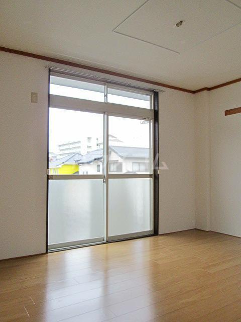 メゾンファミール Ⅰ 02010号室のベッドルーム