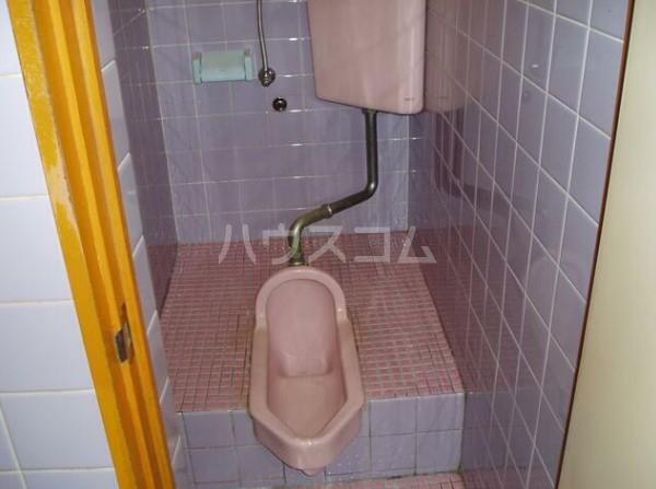 ルアナ和泉 1-A号室のトイレ