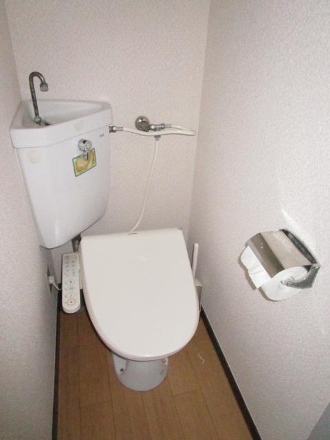 トキワハイツ 102号室のトイレ