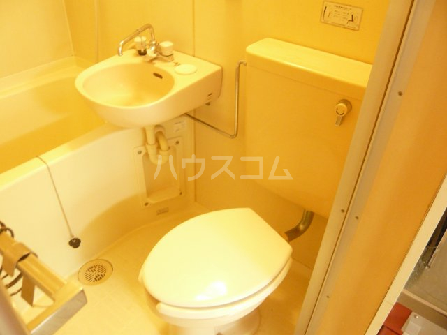 モンルポー 201号室のトイレ