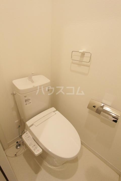 ル ロジュマン 101号室のトイレ