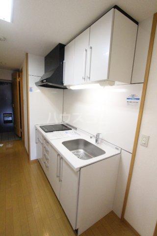 クオリア若宮町 101号室のキッチン