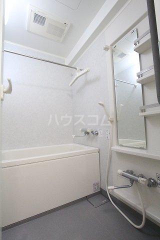 クオリア若宮町 101号室の風呂