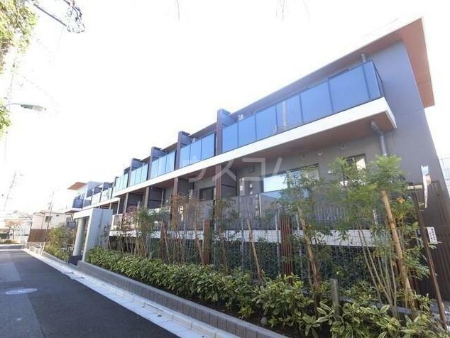 ザ・パークハビオ柿の木坂 101号室のエントランス