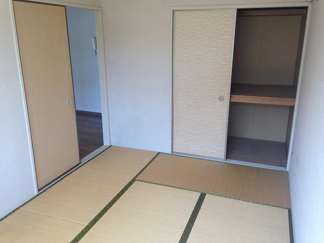 コーポスカイハートD 206号室の収納