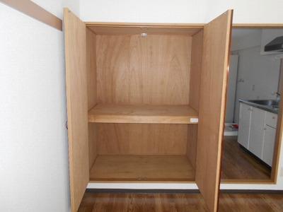 ハイツチェリーブロッサム 2A号室の収納