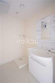 ボン・ナテュール 303号室の洗面所