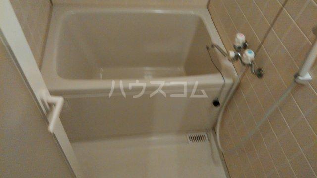 セザンヌ中条 108号室の風呂