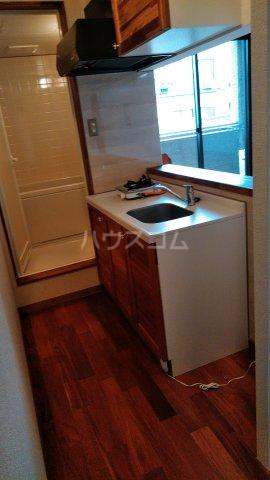 セザンヌ中条 108号室のキッチン