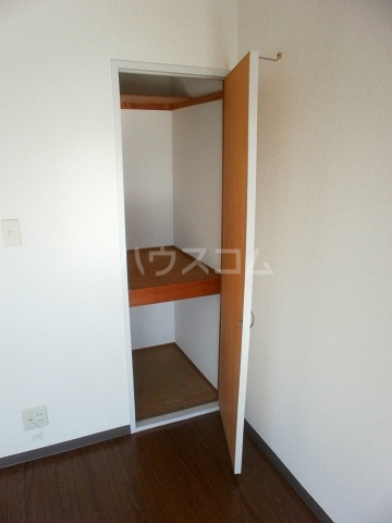 グリーンヒル№2 203号室の収納