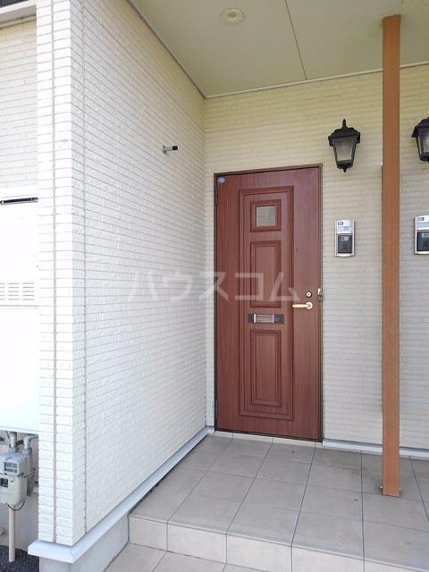 ライグッド Ⅰ 01010号室の玄関