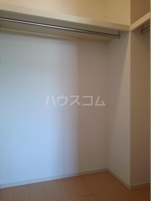 ライグッド Ⅰ 01010号室の収納