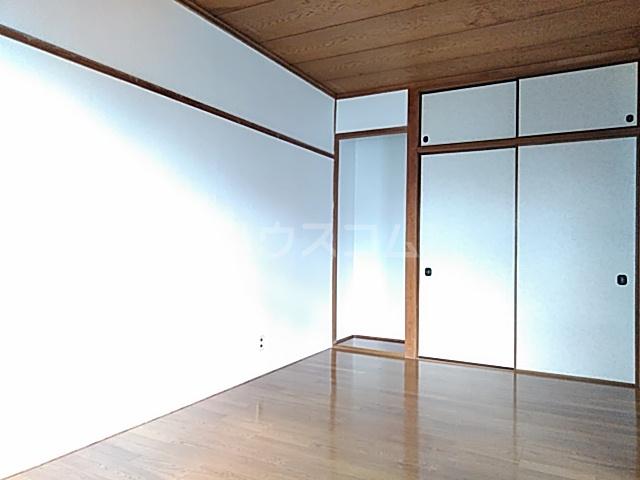 エトワールハイツ豊川 102号室のベッドルーム