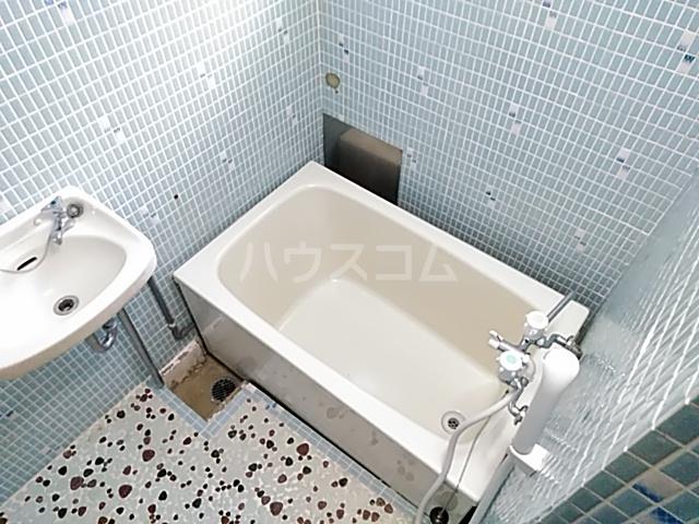 エトワールハイツ豊川 102号室の風呂