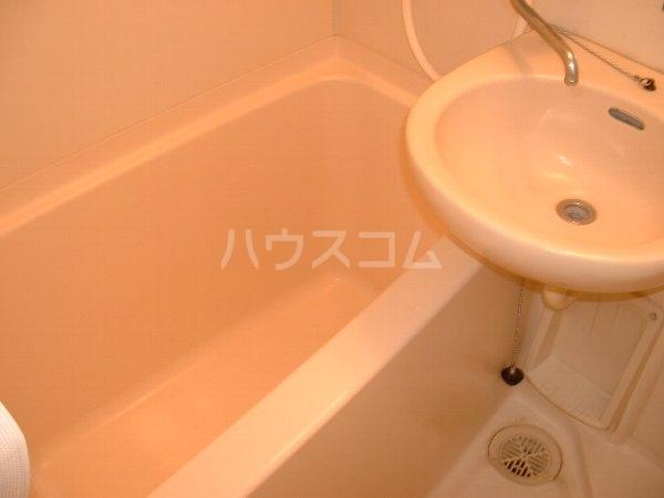 ロワール実籾 105号室の風呂