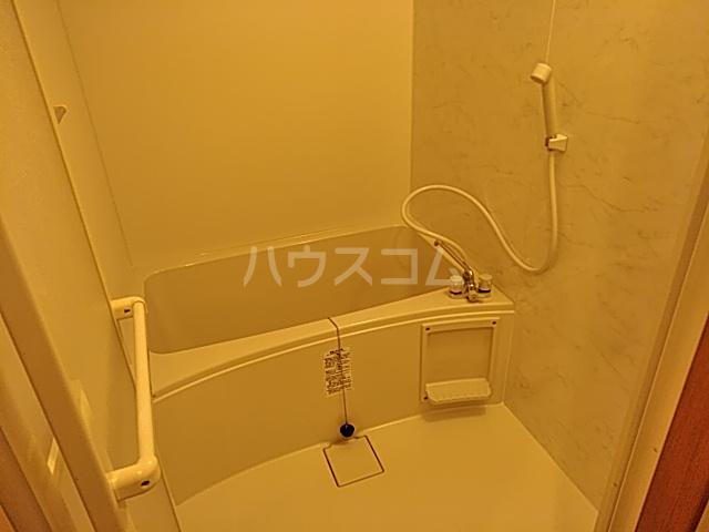 インセンスビレッジ 102号室の風呂