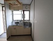 高橋ハイツ 101号室のキッチン