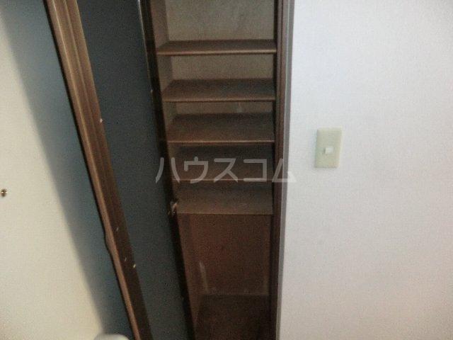 ラ・ピエス 202号室の収納