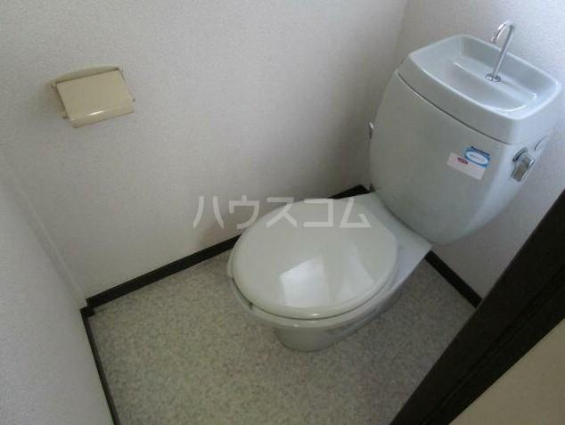 ハイネスK-A棟 102号室のトイレ