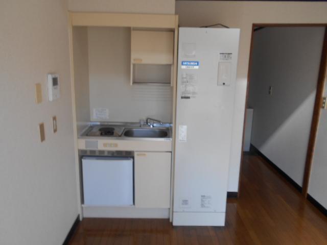 リード豊田 206号室のキッチン