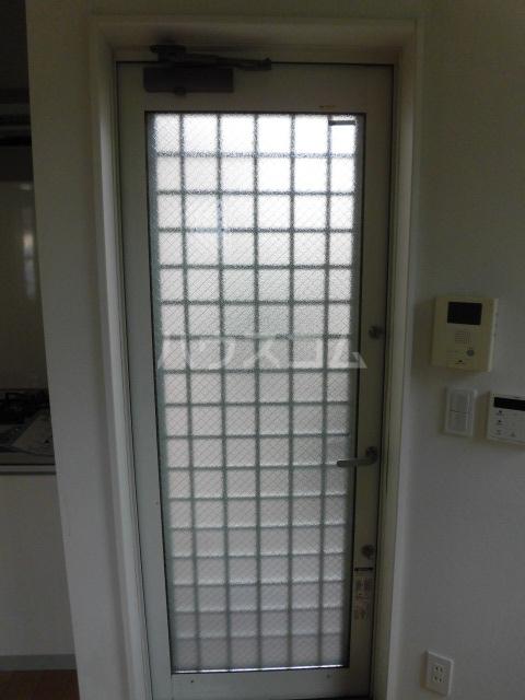 グランエッグス学芸大学 203号室の玄関