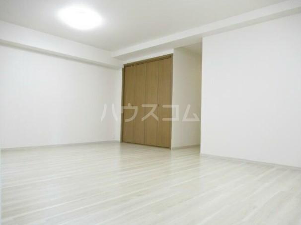 グランドハイツ自由が丘 2号室の居室