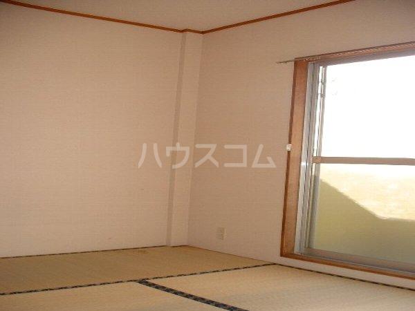 福岡ワンルームマンション B401号室のリビング