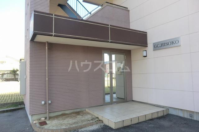 ガーデンコートHISOKO 102号室のエントランス