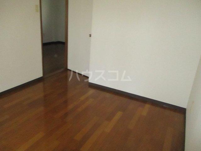 フェニックス鷺沼 105号室の居室