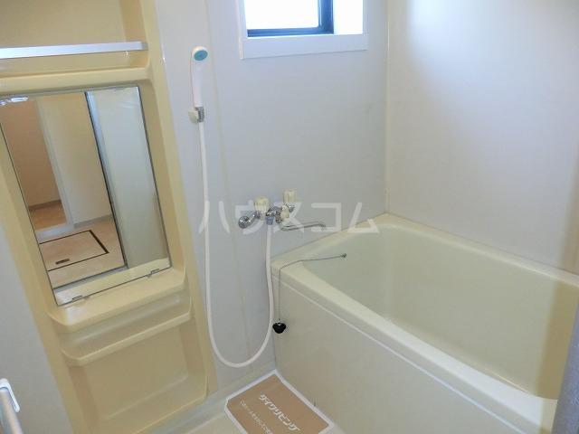 セジュールOZ 205号室の風呂