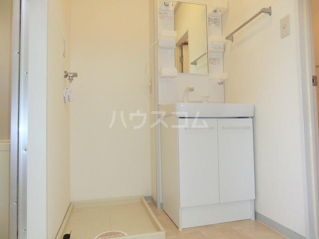 セジュールOZ 205号室の洗面所