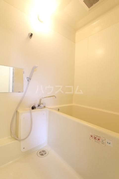 美里原田ビル 2A号室の風呂