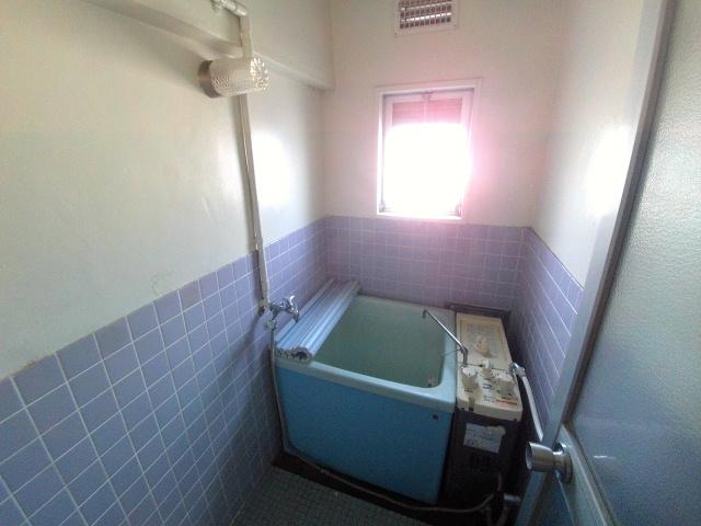 マンションTU 301号室の風呂