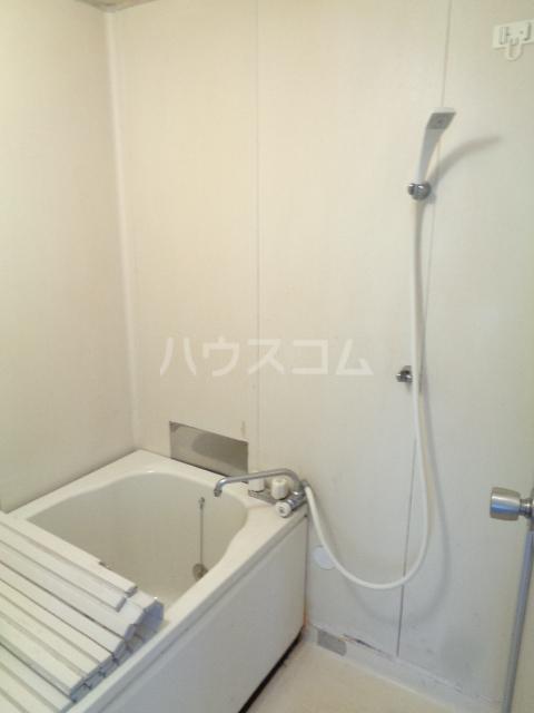 さざんか荘 101号室の風呂