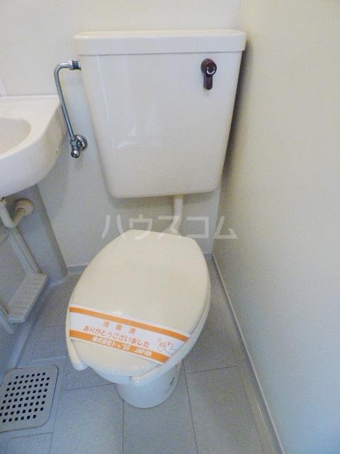 コーポ新栄B 105号室のトイレ