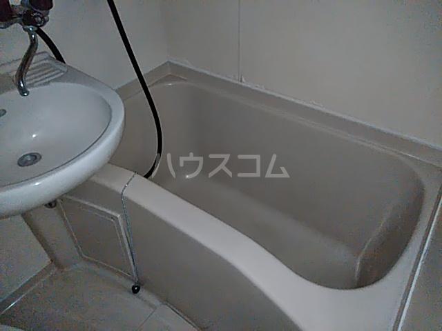 フラットえびす 305号室の風呂