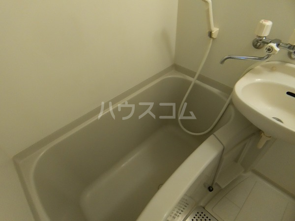 レオパレス大門 216号室の風呂