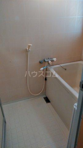 栗木山ハイツ1棟 1D号室の風呂
