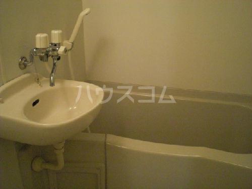 レオパレス寿 110号室の洗面所