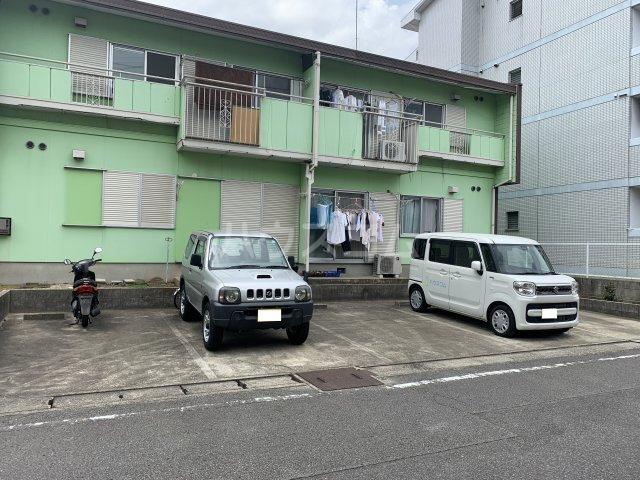 タウニー丸田B 101号室の駐車場