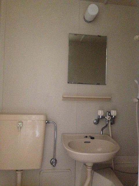 スカイパーク冨士Ⅰ 211号室の洗面所