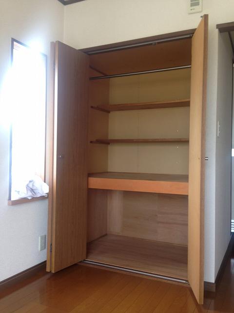 スカイパーク冨士Ⅰ 211号室の収納
