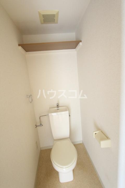 Casa BASSO 205号室のトイレ
