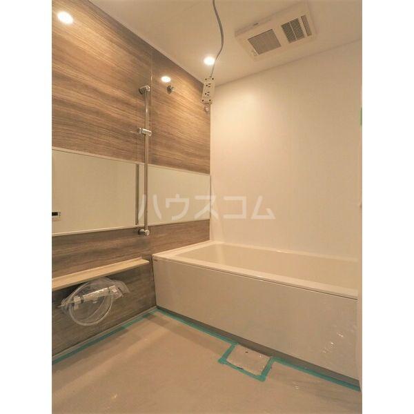 bloom桜町 0402号室の風呂