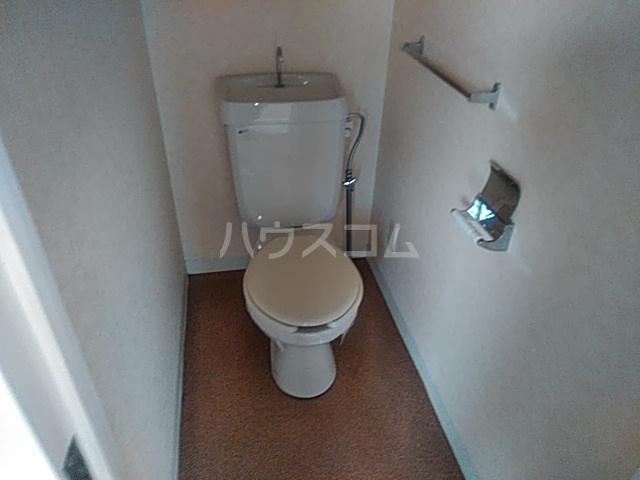 カーサジオ 404号室のトイレ