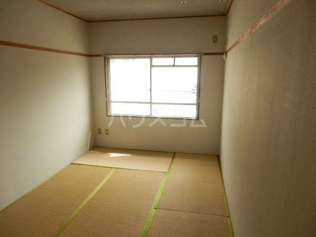 コーポ山手 202号室のベッドルーム