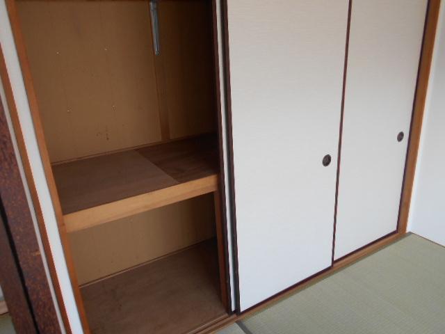 イヤーコート上豊田 C 107号室の収納