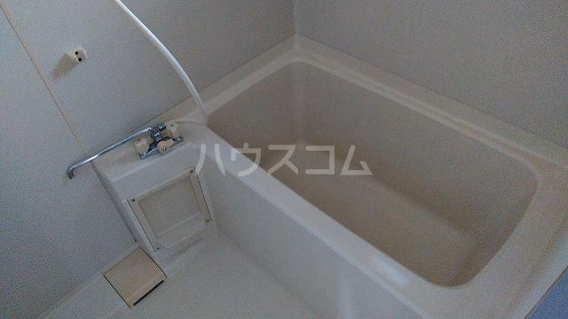 ガーデンハイム水向 A号室の風呂
