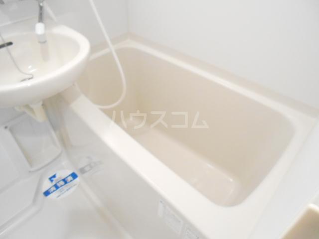 スカイコート駒沢大学 802号室の風呂