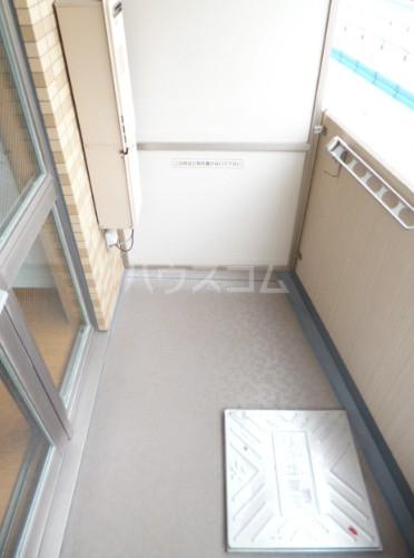 スカイコート駒沢大学 802号室のバルコニー